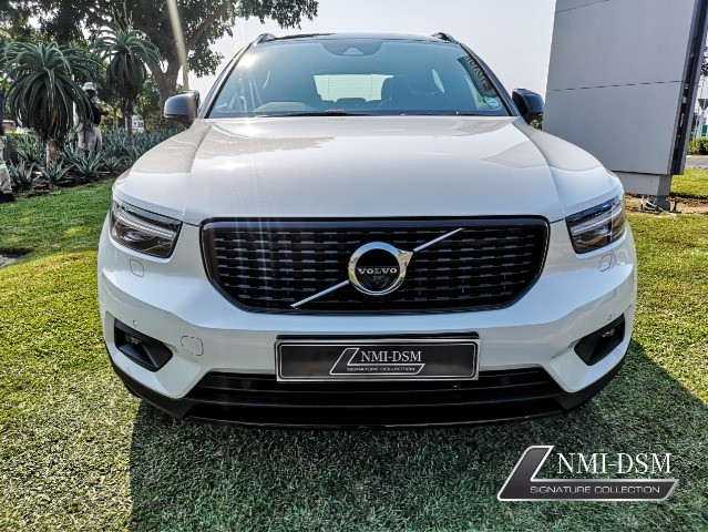 2020 VOLVO XC40 D4 R-DESIGN AWD GEARTRONIC