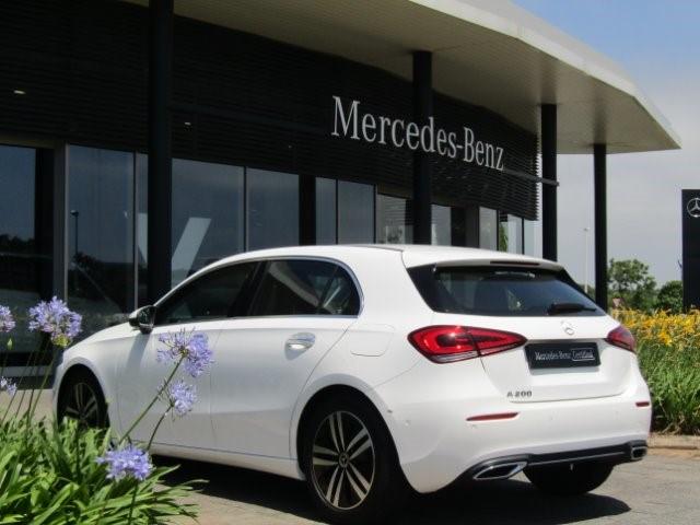 2019 MERCEDES-BENZ A 200 A/T