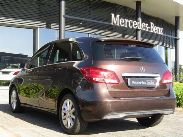 2015 MERCEDES-BENZ B 200 A/T