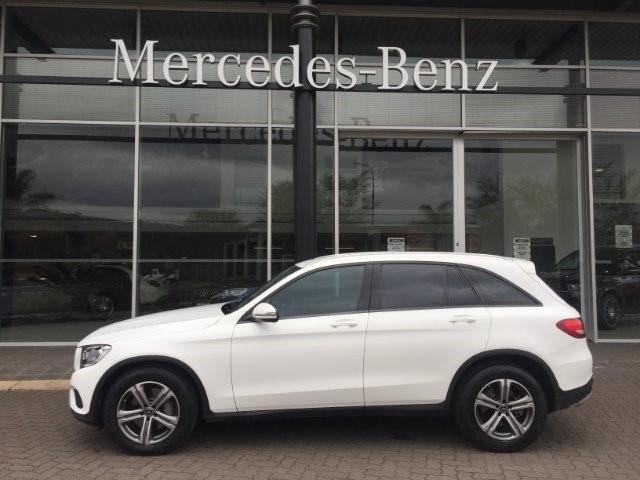 2017 MERCEDES-BENZ GLC 220d