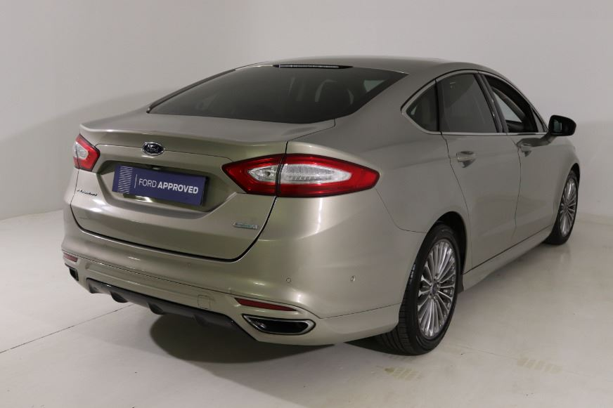 FORD FUSION 2.0 ECOBOOST TITANIUM A/T (2015-1) - (2017-11) TECTONIC SILVER