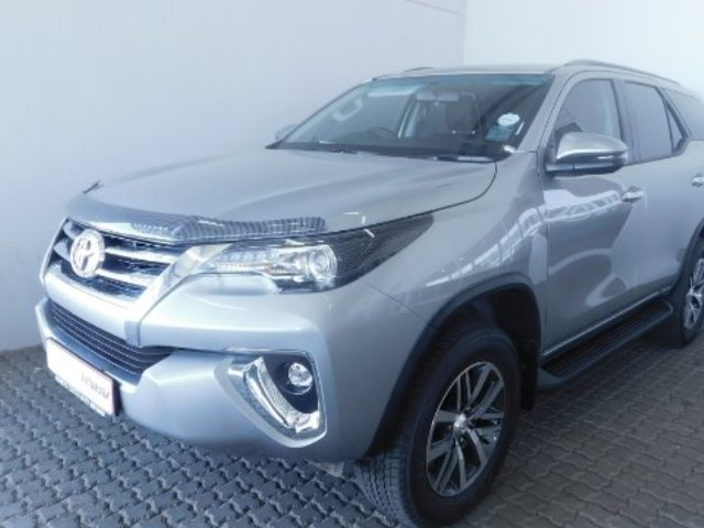 TOYOTA FORTUNER 2.8GD-6 R/B A/T