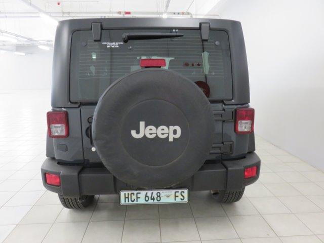 JEEP WRANGLER UNLTD RUBICON 3.6L V6 A/T Rhino Clear Coat (PSQ)
