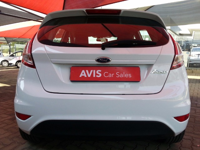 FORD FIESTA 1.0 ECOBOOST AMBIENTE POWERSHIFT 5DR (2015-3) - (2018-5) White