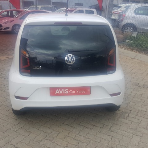 VOLKSWAGEN MOVE UP! 1.0 5DR White