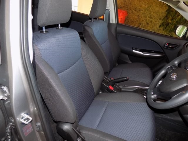 TOYOTA STARLET 1.4 Xs A/T Silver