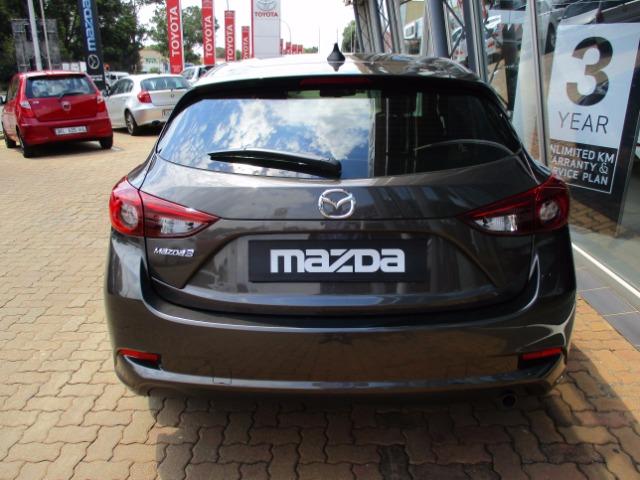 MAZDA MAZDA3 1.6 DYNAMIC 5DR Machine Grey