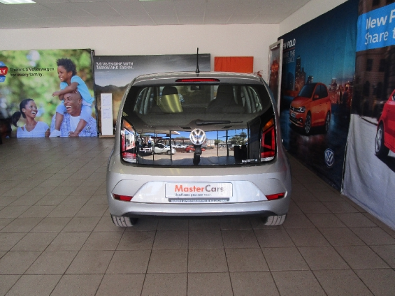 VOLKSWAGEN MOVE UP! 1.0 5DR Silver