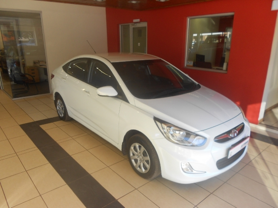 HYUNDAI ACCENT 1.6 GLS/FLUID