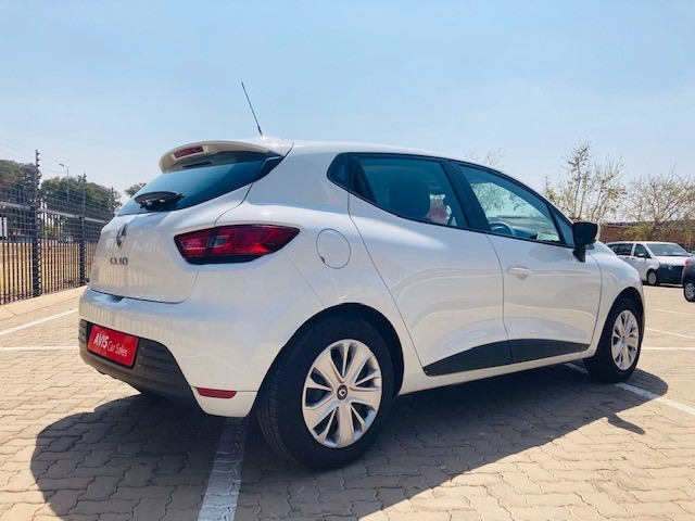 2019 RENAULT CLIO IV 900T AUTHENTIQUE 5DR (66KW)