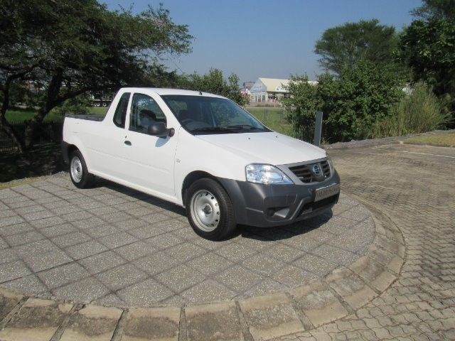 2020 NISSAN NP200 1.6  A/C SAFETY PACK P/U S/C