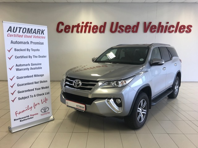 TOYOTA FORTUNER 2.4GD-6 R/B A/T Silver
