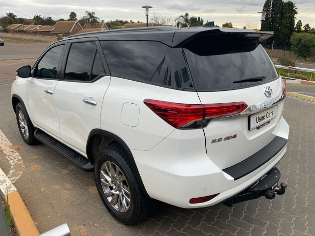 2021 TOYOTA FORTUNER 2.8GD-6 4X4 A/T