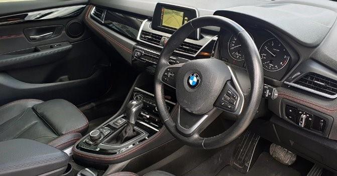 2016 BMW 220d SPORT LINE ACTIVE TOURER A/T