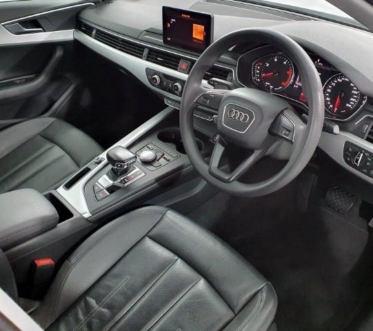 2017 AUDI A4 2.0 TDI STRONIC (40 TDI) (B9)